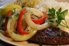 Figado de Boi Liver Steak にんにくたっぷりの牛レバー
