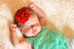 Winter Flower Baby Headband available in Two Colors. Baby Girl Headband - Christmas Headband - Floral Headband - Photo Prop Headband - Baby Shower Gift The perfect accessory to any outfit and can be used as a stunning photo prop! This headband is made with a stunning 3.5 inch poinsettia flower featuring a pearl and crystal center for a touch of glamour. The flower is attached to a skinny elastic and is backed with a soft felt for a plush, comfortable fit. Available in two beautiful…