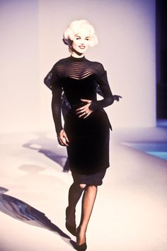 Thierry Mugler Winter 1995 / Eva Herzigova