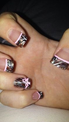 Camo Nail Tips with purple or white instead of pink Camo Nail Designs, Nail Art Designs, Acrylic Nail Designs, Hair Designs, Ongles Camouflage Rose, Camouflage Nails, Pink Camo Nails, Camo Nail Art, Camo Acrylic Nails
