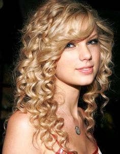Tags: hair styles for quince hairstyles for a quinceanera hairstyles Quince Hairstyles, Short Curly Haircuts, Prom Hairstyles For Long Hair, Haircuts For Curly Hair, Hairstyles With Bangs, Easy Hairstyles, Teenage Hairstyles, Hairstyle Ideas, Famous Hairstyles