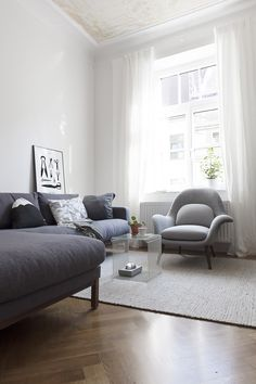 Swoon by Fredericia - via Coco Lapine Design