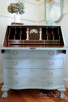 Secretary Desk Makeover (Chalk Paint® by Annie Sloan) - AFTER INSIDE with GOLD - #MadeItMyOwn #sp #chalkpaint artsychicksrule.com