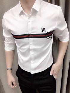 Formal Dresses For Men, Formal Men Outfit, Formal Shirts For Men, Camisa Gucci, Camisa Polo, Mens Designer Shirts, Designer Suits For Men, Mens Polo T Shirts, Denim Shirt Men