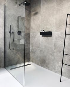 Cindy van der Heyden on Finally found the perfect bath shelf for our bathroom nichba_design Bathroom Layout, Modern Bathroom Design, Bathroom Interior Design, Bathroom Ideas, Bathroom Organization, Bathtub Ideas, Bathroom Storage, Bathroom Cabinets, Bathroom Mirrors