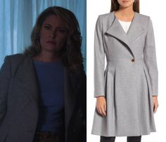 96fbb916c11d 2x05 Alice Cooper (Madchen Amick) wears this grey collarless wool coat in  this episode