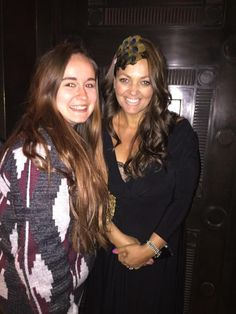 Louis' mum at the Gatsby Ball with Louis (: (4/16/15)