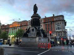 The O'Connell #Monument the #memorial to Daniel O'Connell the 19th-century nationalist leader by sculptor John Henry Foley which stands at the entrance to O'Connell #Street in #Dublin. #history #art #culture #statue #sculpture #Eire #Ireland #IgersDublin #travel #tourism #tourist #leisure #life