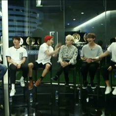 I'm surprised yoongi didn't get angry about that xD then again he is the golden maknae