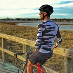 """・・・ Woke up to a beautiful sunrise, knowing that today would be another…"""" Cycling Wear, Bike Wear, Cycling Outfit, Young Designers, Lycra Spandex, Wetsuit, Sporty, Beautiful Sunrise, Guys"""