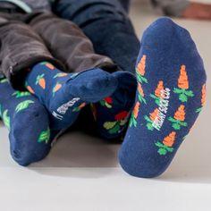 Men's Broccoli & Carrot Socks | Mismatched by Design | Friday Sock Co.