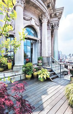 Michael Bagley transforms a Manhattan penthouse into a modern abode - New York Cottages & Gardens - March 2013 - New York, NY. #candg