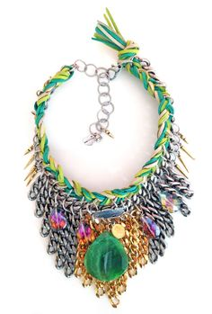 Statement chocker with green agate stone and suede leather.