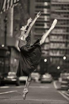 Dance As Art Streets of New York City Series with Erin Aslami. Follow along on Instagram @dance_as_art! #danceasart