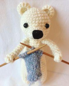 Bear by grainnelikenarnia. Crochet pattern by Little Bear Crochets: www.littlebearcrochets.com ❤️ #littlebearcrochets #amigurumi