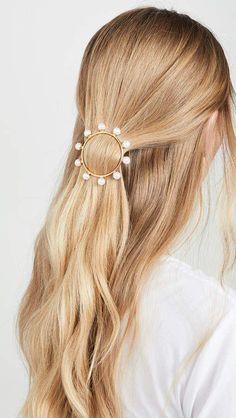 LELET NY Solar Pearl Barrette #EasyElegantHairstyles Prom Hairstyles, Best Wedding Hairstyles, Elegant Hairstyles, Braided Hairstyles, Beautiful Hairstyles, Bridal Hairstyle, Hairstyle Ideas, Hair Ideas, Lotus Mandala