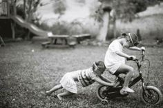 Lifestyle Photography, Photography Ideas, Baby Family, Little Ones, Children, Kids, Childhood, Couple Photos, Funny