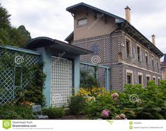 Latticework   Beautiful house with latticework view from the garden, Nancy, France.