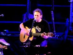 Alkinoos Ioannidis - Avgoustos - Live at Kourio, 11 June 2011