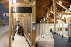 A Gorgeous Bus Terminal In Akita Constructed Entirely From Cedar Wood Urban Design, Modern Design, Akita, Bus Stop Design, Canopy Shelter, Public Space Design, Bus Terminal, Bus Station, Pavilion