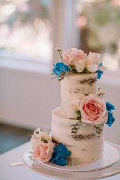 Pop Up Wedding | Auckland Wedding | Mini two tier cake | Gracehill Estate Wedding | Katrina Cooke Photography #weddingcake #popupwedding Two Tier Cake, Amazing Wedding Cakes, Tiered Cakes, Mini, Desserts, Tailgate Desserts, Double Barrel Cake, Dessert, Postres