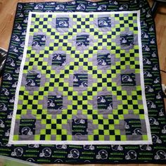 Seahawk Irish Chain quilt