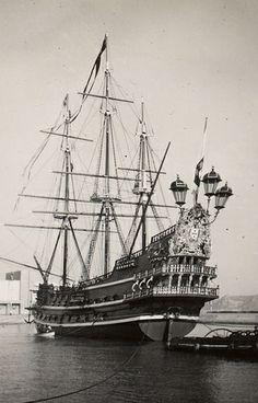 Nao Portugal Portuguese Empire, Ship Figurehead, Hope Anchor, Old Sailing Ships, Naval, Tall Ships, Battleship, Romantic Travel, Homeland