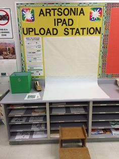 I like the idea of having a setup photography station. This would allow me to teach the upper level students how to document their work Art Classroom Decor, Art Classroom Management, Classroom Setup, Classroom Design, Classroom Organization, Class Management, Organization Ideas, Future Classroom, High School Art