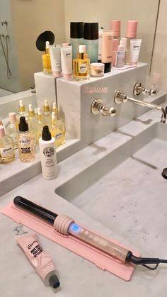 Beauty Skin, Beauty Makeup, Beauty Care, Hair Beauty, Beauty Hacks, Aesthetic Makeup, Pink Aesthetic, Photo Frame Wallpaper, Glow Up Tips