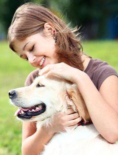 Erfahren Sie hier alles Wissenswerte über den natürlichen Zeckenschutz bei Hund und Katze durch Bio-Kokosöl. Jetzt über Kokosöl gegen Zecken informieren!