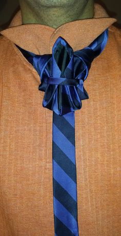 THE JAW BREAKER (BY BORIS MOCKA AKA THE JUGGER KNOT) KNOT NAMED AFTER PEOPLES REACTION TO SEEING THE KNOT. (JAWS DROP)