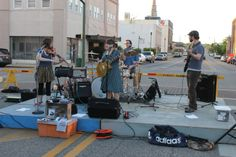 Fourth Fridays On Noble Street April 2014