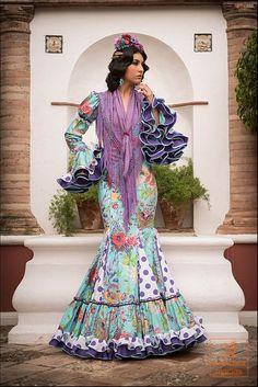 traje flamenca--nice combination of floral and polka dots. love the purple ruffles Flamenco Costume, Flamenco Dancers, Dance Costumes, Flamenco Dresses, Flamenco Wedding, Outfits For Spain, Gypsy, Spanish Dress, Spanish Fashion