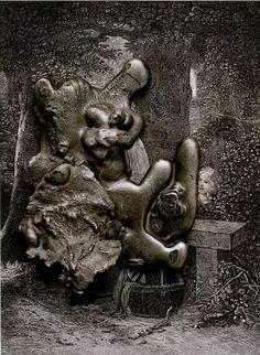 "Frederick Sommer. Идеи искусства сегодня, дают ответ завтра. ""Мои фотографии не просты: они представляют собой кипящее.. Virgin and Child with St. Anne and the Infant St. John, 1966  http://udavich.blogspot.com/2017/02/frederick-sommer.html"