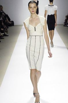 See the complete Nicole Miller Spring 2008 Ready-to-Wear collection.