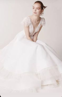 Voluminous tiered ballgown with plisse tulle and floral lace bodice Tulle Balls, Tulle Ball Gown, Vogue Paris, Bridal Collection, Dress Collection, Backstage, Princess Ball Gowns, Cap Dress, Lace Bodice