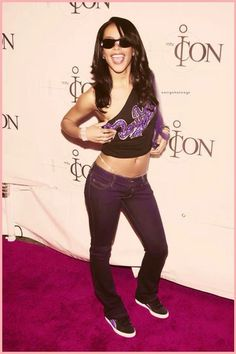 Legacy of Aaliyah Rip Aaliyah, Aaliyah Style, Black Girl Magic, Black Girls, Black Women, Early 2000s Fashion, Aaliyah Haughton, Toni Braxton, Victoria