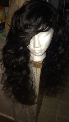 Customs wig