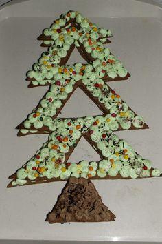 Christmas cake (chocolat-pistache) Danette, Cake Chocolat, Cacao, Voici, Christmas, Chantilly Cream, Pistachios, French Food, Xmas