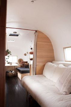36 Vintage Airstream Interior Ideas for Your RV Decorating. In the event you understand anything about airstream inside Thoughts RV you're aware it is practically not feasible to find sheets to . Airstream Bambi, Airstream Vintage, Airstream Living, Caravan Vintage, Airstream Remodel, Airstream Renovation, Airstream Interior, Campervan Interior, Airstream Trailers