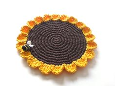 sunflower placemat for purchase from MariMartin on etsy