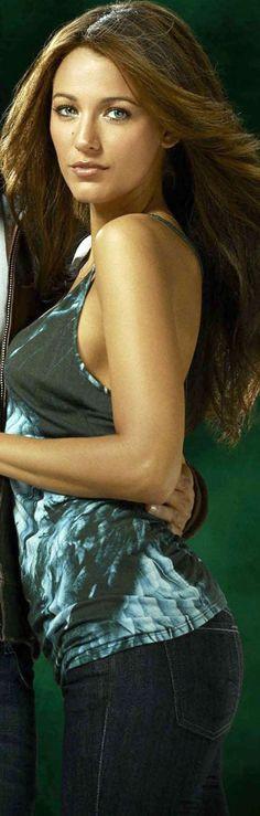 Blake Lively as Carol Ferris in (Green Lantern, 2011)