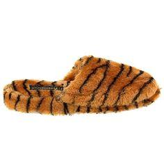 Tiger Print Slippers for Women S 5-6 Easy http://www.amazon.com/dp/B00415FL22/ref=cm_sw_r_pi_dp_5pV2tb0ER8S7YFP1