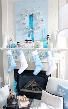 Remodelando la Casa: Blue Christmas Mantel
