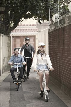 Airwheel electric scooters become popular among people's daily life. At the same time, people are willing to make comparison between Airwheel and traditional transports. This #blackFriday, perhaps your shopping cart will add a demand. This new electric bike.