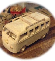 Surf City VW Bus van GrampasCave op Etsy