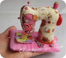 llavero telaquinita de coser