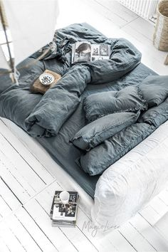Refresh your bed with our linen duvet cover in grey blue (dark blue). Stone washed European linen covers for duvets and comforters. Blue Gray Bedroom, Blue Bedroom Decor, Bedding Master Bedroom, Home Bedroom, Bedrooms, Linen Bedroom, Bedding Inspiration, Bed Linen Design, Simple Bed