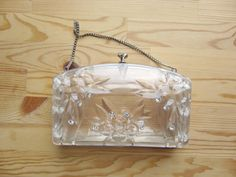 Clear lucite purse // 1950s vintage carved clutch by @BlueFennel, $ 75.00