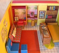 Barbie Dream House 1962